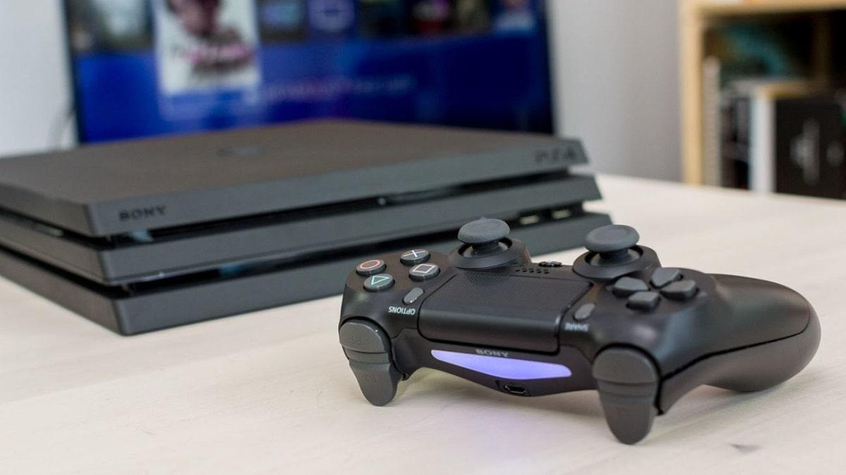 Новая приставка PlayStation 4 Pro.